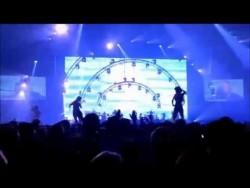 Regi & Linda – 80s Medley ( Milk Inc. ) – YouTube