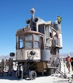 Now THAT's a motorhome!