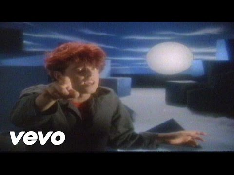 Thompson Twins – Doctor! Doctor! – YouTube