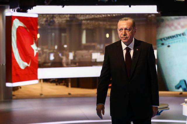 'God Help Turkey,' Says Brokerage as Lira Goes Into Meltdown – Bloomberg