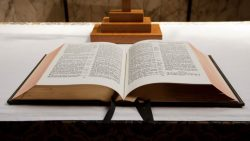 Christian couple loses custody of their child, Jesus JoyoftheLord, at custody hearing after they ...