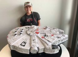 Girl makes Millenium Falcon cake