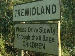 Bleddy Cornish kids always speeding through the village, makes me teazy az an adder