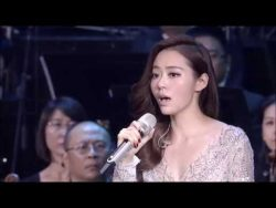 Chinese Opera singer Jane Zhang sings The Diva Dance from the Fifth Element