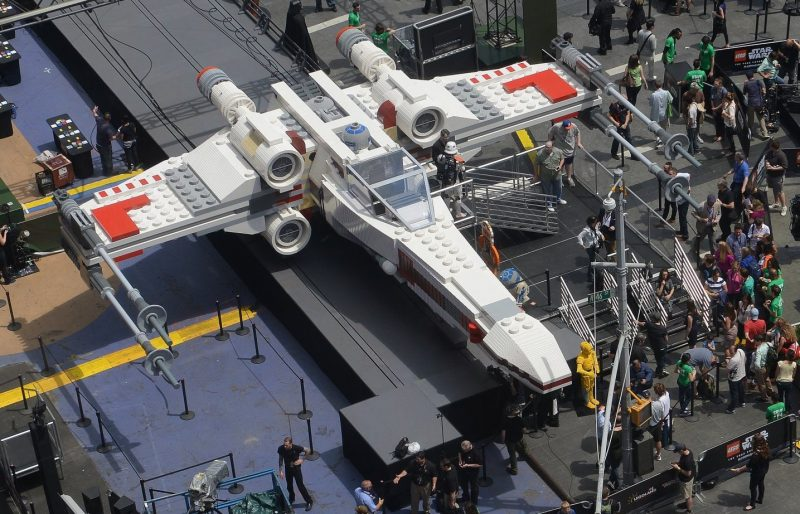 Life sized X-wing made from over 5 million LEGO bricks