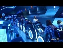[HD] Amazing TRON Coaster Ride-through – Shanghai Disneyland – YouTube