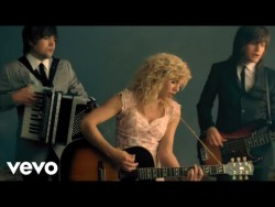 The Band Perry – If I Die Young – YouTube