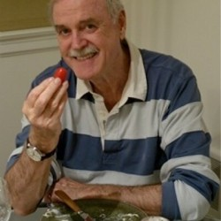 """John Cleese on Twitter: """"A journalist who has a story about Rebekah Brook's illegali ..."""