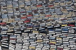 Busses carrying pilgrims in Mecca looks like cassette tapes.