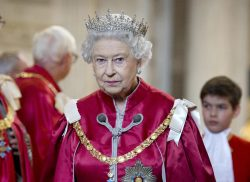 The Queen secretly lobbied the government for a new yacht, letters reveal
