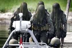 Danish Special Forces (Frogmen) look scary AF