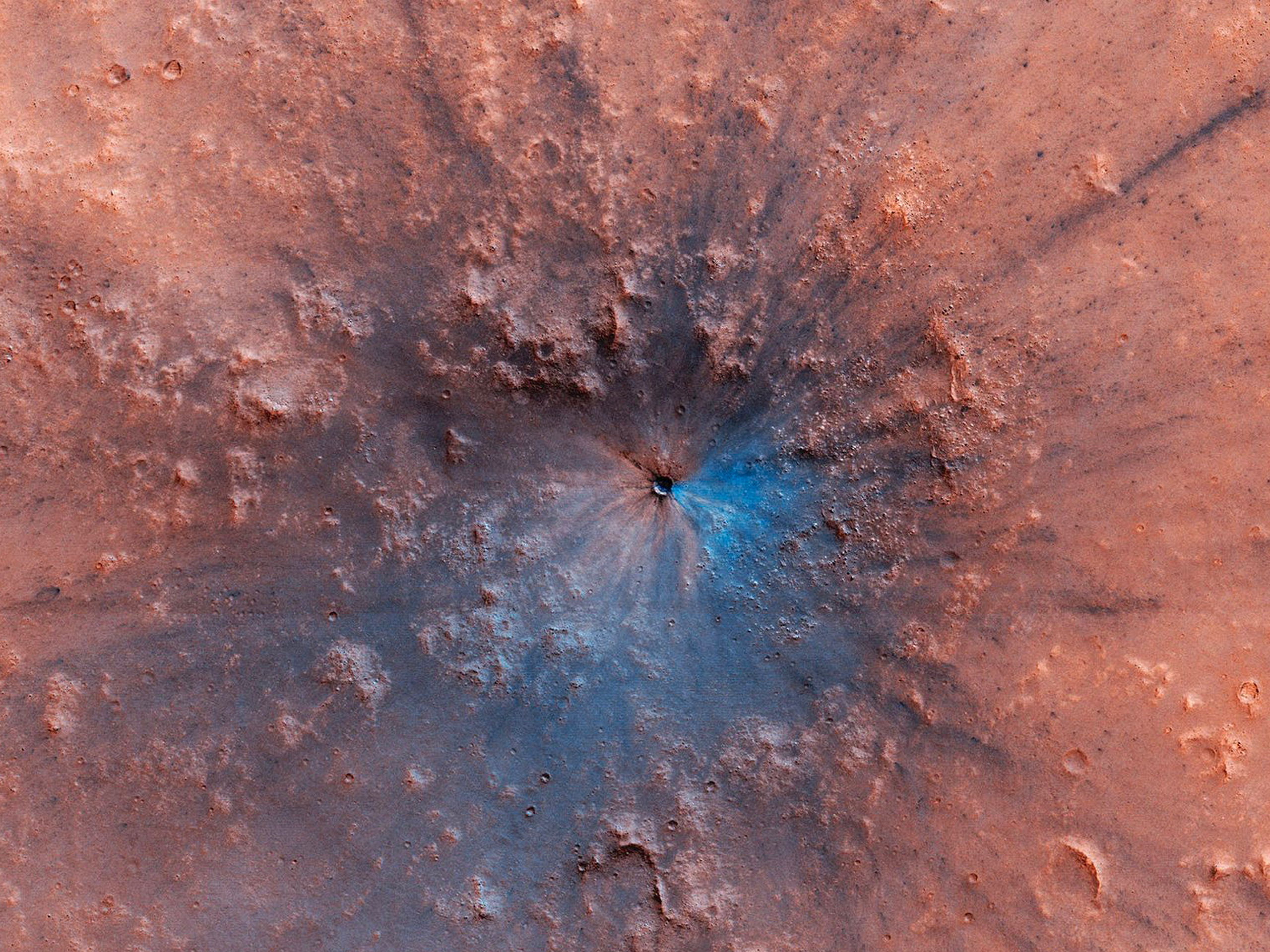 Amazing crater on Mars