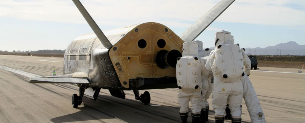 Mysterious Space Plane Has Now Been Orbiting Earth For 719 Days, And We Don't Know Why