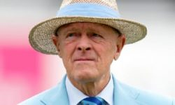 Geoffrey Boycott: 'I don't give a toss' about criticism of knighthood