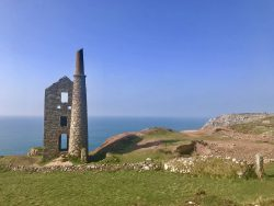 Wheal Owles near the Crowne engine houses at Botallack