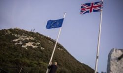 Brexit trade talks: EU to back Spain over Gibraltar claims