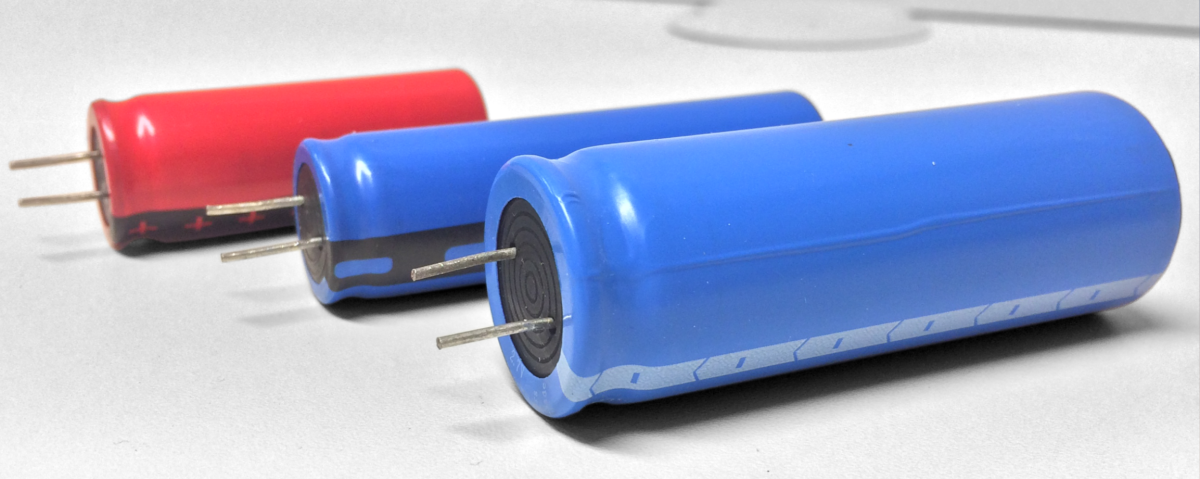 High-density hybrid powercapacitors: A new frontier in the energy race