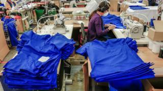 Coronavirus: UK 'wasting time' on NHS protective gear orders