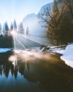 Yosemite god rays