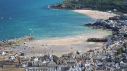 Coronavirus: Holiday lets in Cornwall 'acting illegally'