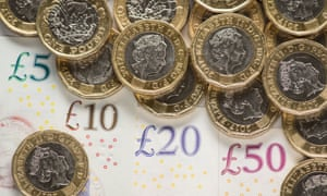 Top 1% of British earners get 17% of nation's income