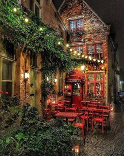 A Belgian cafe