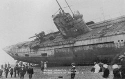 German submarine U-118 washed ashore on the beach at Hastings, 1919