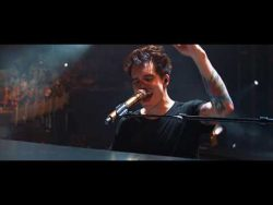 Panic! At The Disco – Bohemian Rhapsody (Live) [from the Death Of A Bachelor Tour]