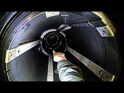 Crawling Down A Torpedo Tube -US NAVY Nuclear Submarine – Smarter Every Day 241