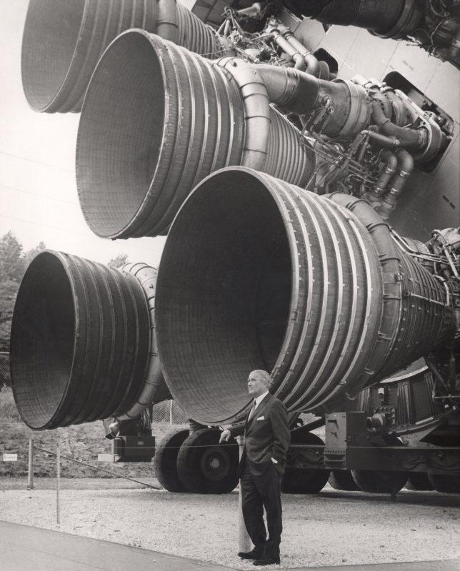 Wernher von Braun with the F-1 engines of the Saturn V rockets.
