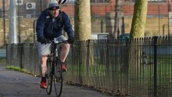 Covid: Johnson's bike ride 'didn't break rules'