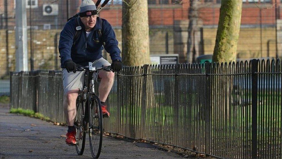 Covid: Johnson's bike ride 'didn't break rules'