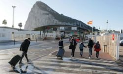 Spain says it will have last word on Gibraltar border entries | World news | The Guardian