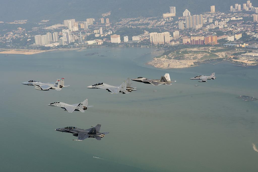 In one photo: F/A-18, MiG-29, F-15, Su-30, F-22 and BAE Hawk