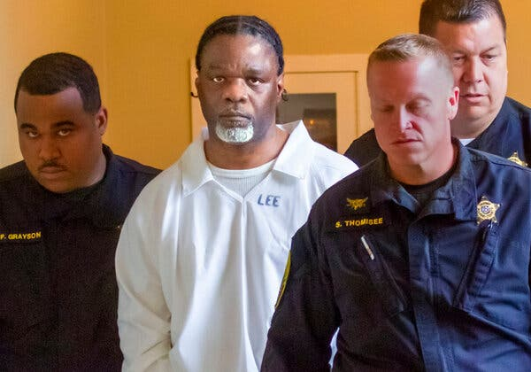 4 Years After an Execution, a Different Man's DNA Is Found on the Murder Weapon