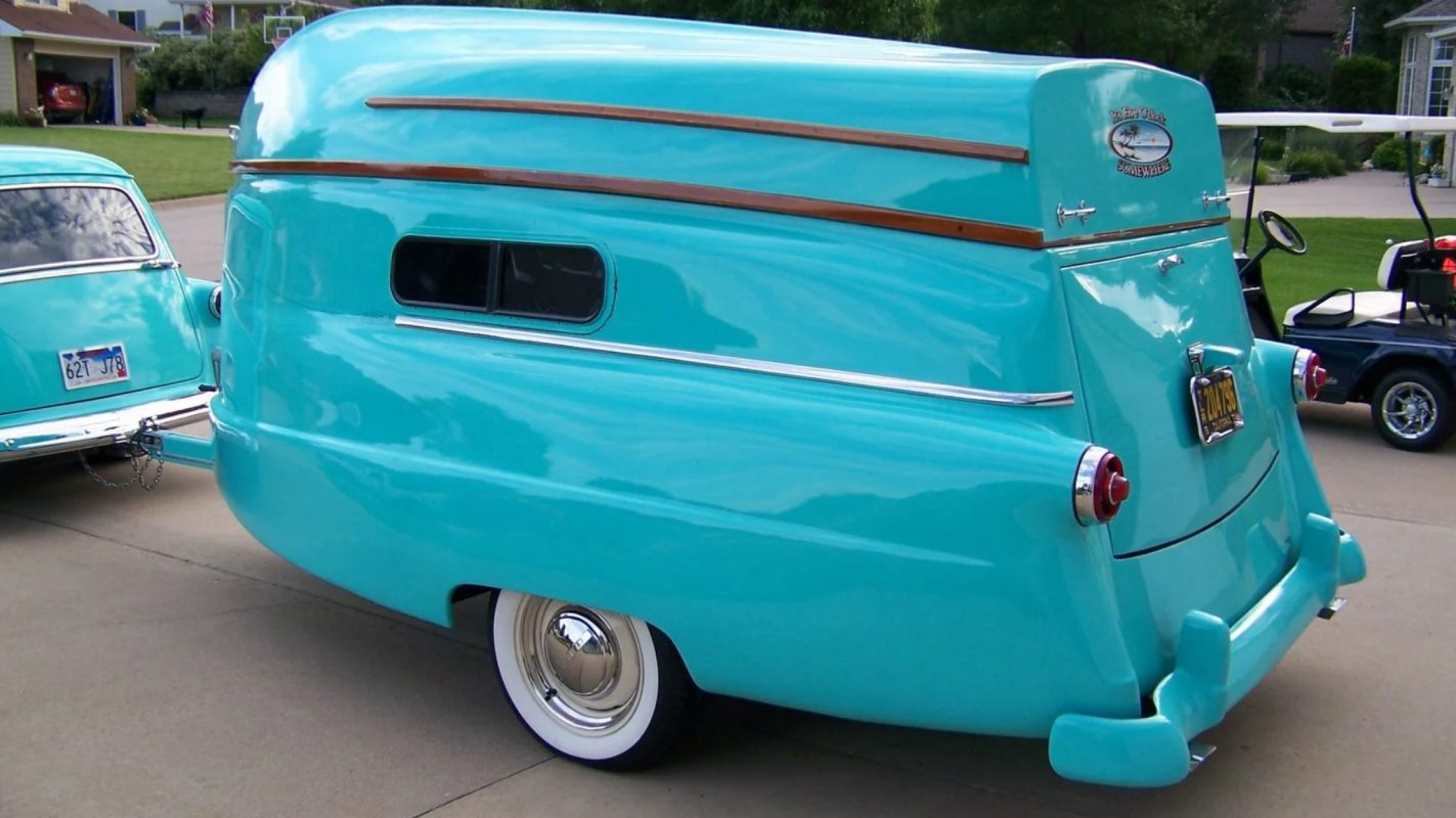 This 1954 camper with a boat as its top