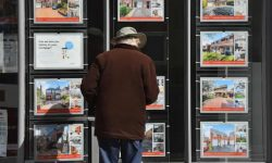 Average asking price for UK homes hits record £333,564