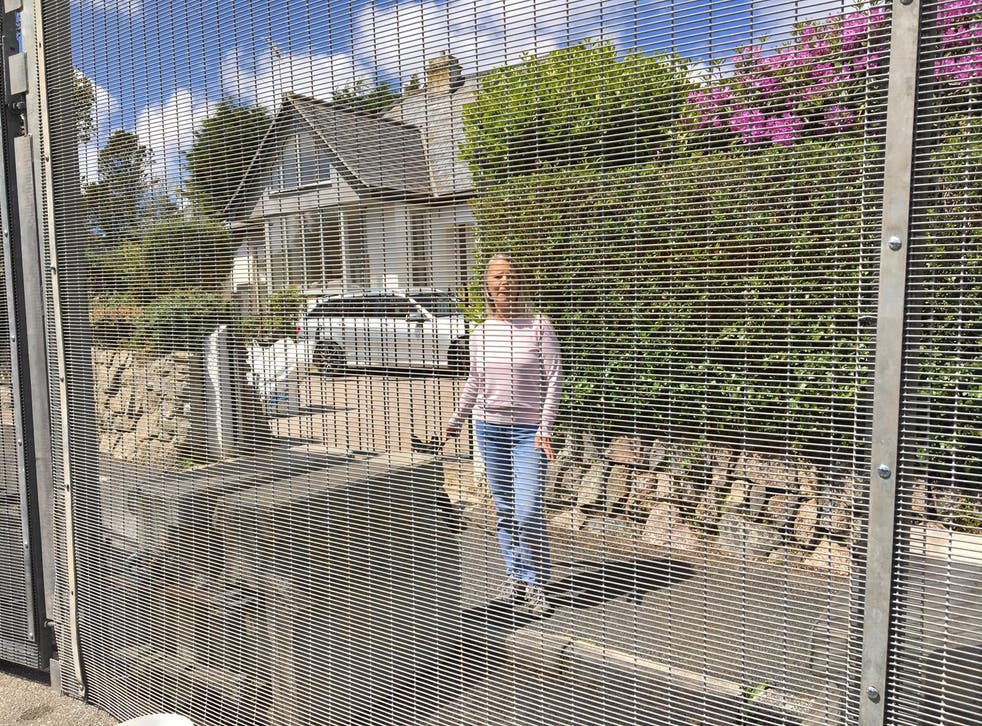 Steel fencing erected outside St Ives homes ahead of G7 summit: 'They've built a cage around us' ...