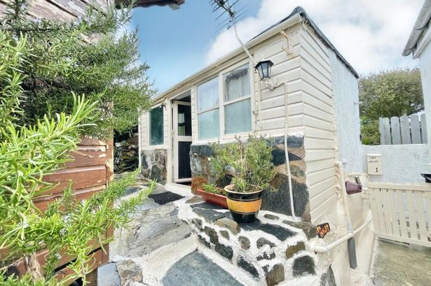 Three metre-wide Cornish bungalow on sale for £75,000