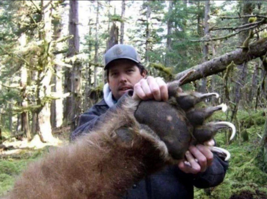 Thats a big bear claw