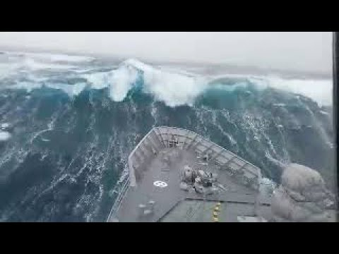 Ships in Storms | 10+ TERRIFYING MONSTER WAVES, Hurricanes & Thunderstorms at Sea – YouTube