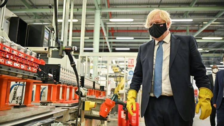 Brexit has brought no benefits, UK manufacturers say