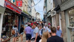 Covid: Devon and Cornwall offered extra support against rising cases