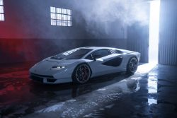 Lamborghini Countach revived and reimagined