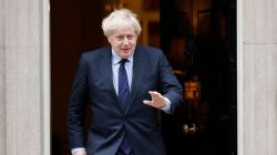 Boris Johnson hands peerage and ministerial job to banker who gave party £147k